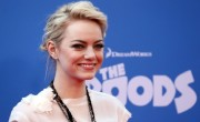 Emma Stone alla premiere di The Croods: copia il look